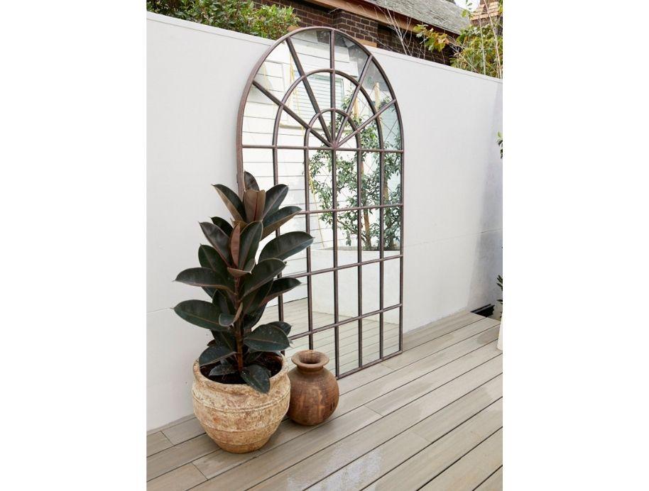 Outdoor arch mirror