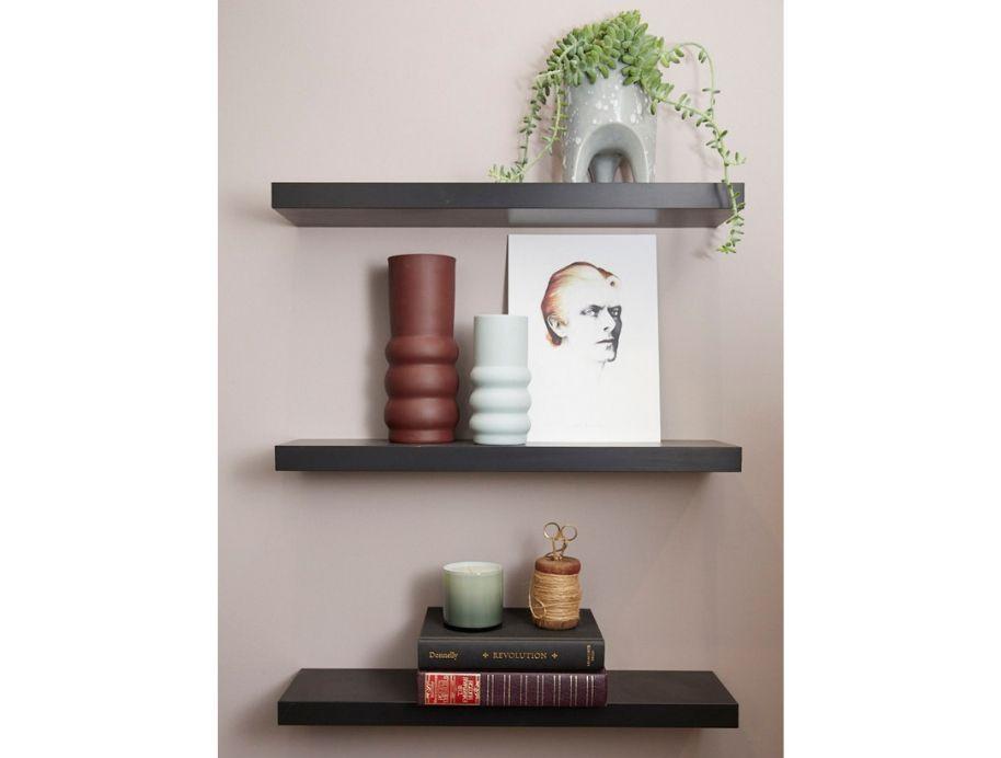 Elise shelf styling queen - The Block