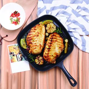 23.5cm Square Ribbed Cast Iron Frying Pan Skillet Steak Sizzle Platter with Handle