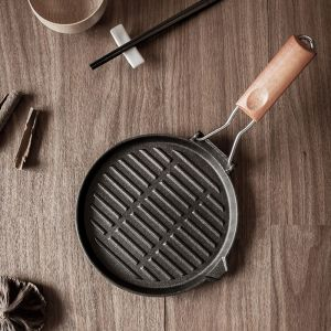 24cm Round Ribbed Cast Iron Steak Frying Grill Skillet Pan with Folding Wooden Handle