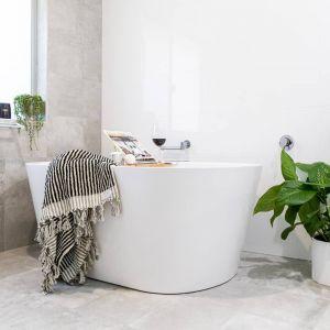 Albatross Bath Towel   Black and White