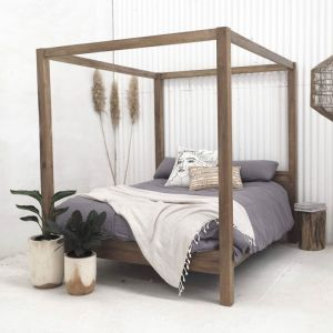 Aren Canopy Bed | Custom Made