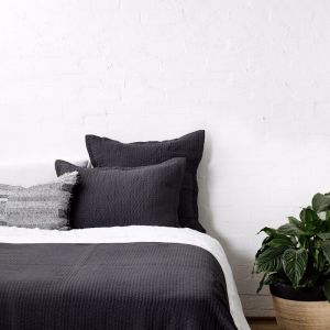 Aspen Charcoal Quilt | Single Bed/Double Bed