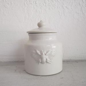 Bee Canister
