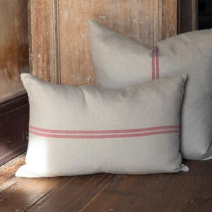 Belle Cushion   Grain With Red