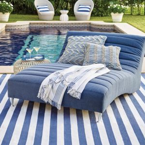 Dash & Albert Catamaran Stripe Denim & Ivory Indoor/Outdoor Rug | 121 x 182cm