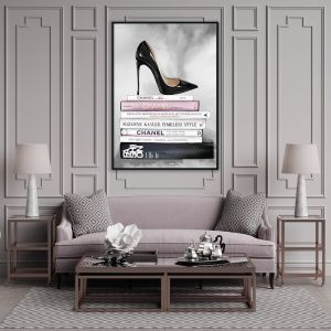 Educated Stance | Louboutin Heels | Fashion Illustration by Patricia Mendes