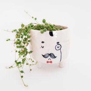 Face Planter | Monocle Man