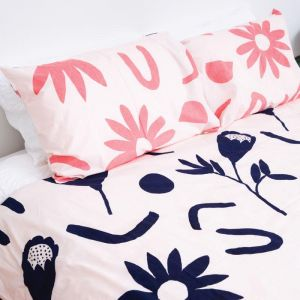 Floral Dreams Standard Pillowcase Set | Ink & Musk