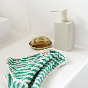 Green Stripe Face Washer