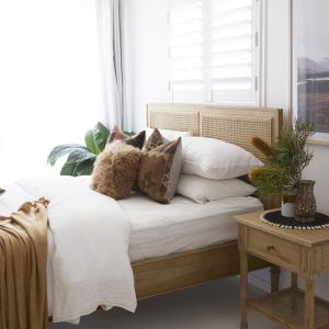 Hamilton Cane Queen Size Bed | Weathered Oak