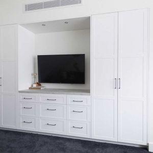 Kinsman | Guest Bedroom 3 Wardrobe | Harry & Tash