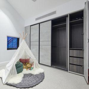 Kinsman | Guest Bedroom 3 Wardrobe | Sarah & George