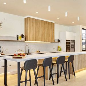 Kinsman | Kitchen | Harry & Tash