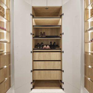 Kinsman | Master Bedroom Wardrobe | Jimmy  & Tam