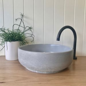 Lauren Round Basin by DLH Designs | Concrete
