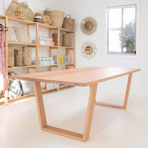 Leura Dining Table | Victorian Ash