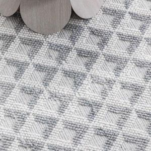 Lever Memphis Rug   Silver and Ivory