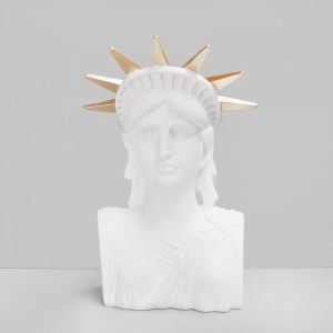Libby The Statue | White/Gold
