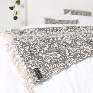 Lola Cotton Bed Throw | Large 130 x 170cm