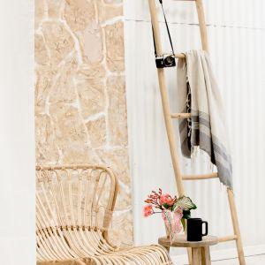 Lutalo Ladder