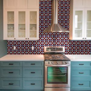 Maurimosaic Glass Mosaic Tile | Petalo | Various Colours