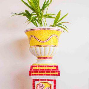 Maurimosaic Handmade Flower Pot & Pedestal