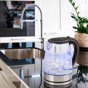 Pursonic 1.7L Glass Kettle | Blue LED