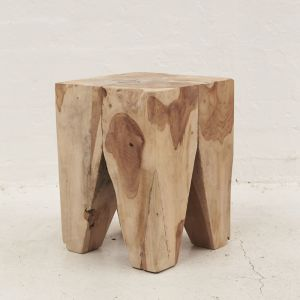 Rafi Peg Stool l Side Table