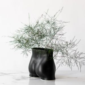 Rialheim Tuckus Planter | Black