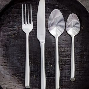 Shervin Beauty | 24 Piece Cutlery Set