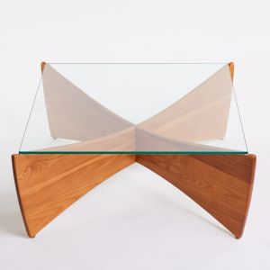 TH Brown Venus Coffee Table | Teak
