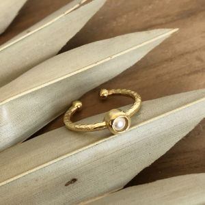 Theia Stackable Ring - Mother of Pearl