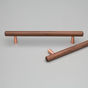 Tilla Handle | Walnut with Copper