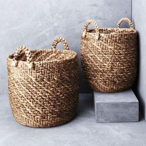 Twisted waterhyacinth basket with twill pattern