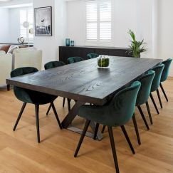 Arranmore Furniture 'The Gatwick' Dining Table