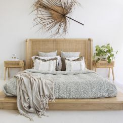 Castaway Bed | King Size