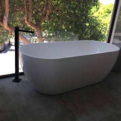 Freestanding Black Bath Tap Filler