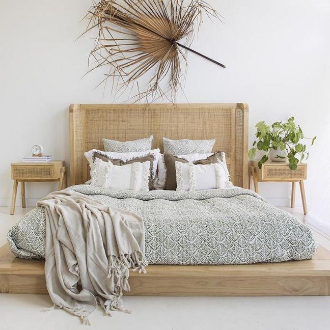 Castaway Bed | King Size