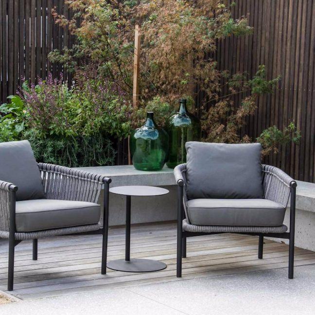 Catalan Lounge Chair by SATARA | Black or White