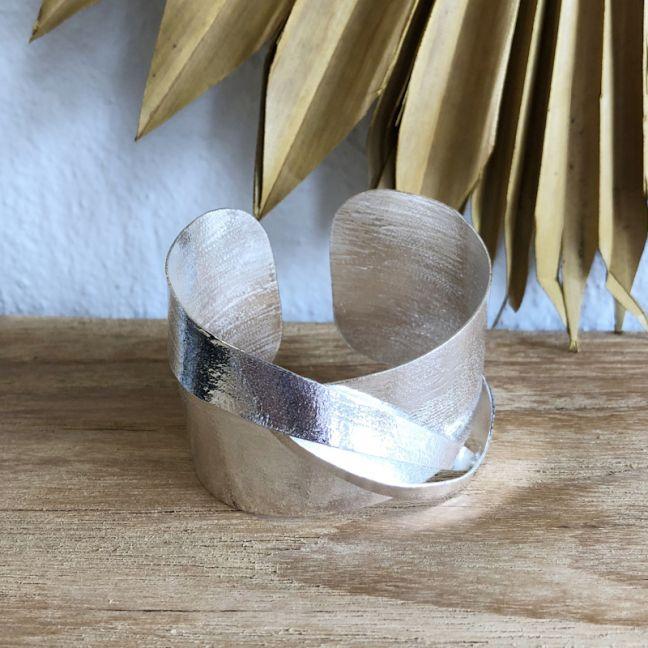 Eris Bracelet Cuff Silver l Pre Order