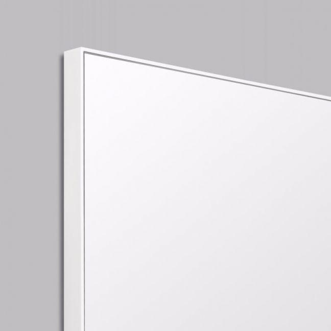 Errol Leaner | Black, White or Grey | Smaller Sizes