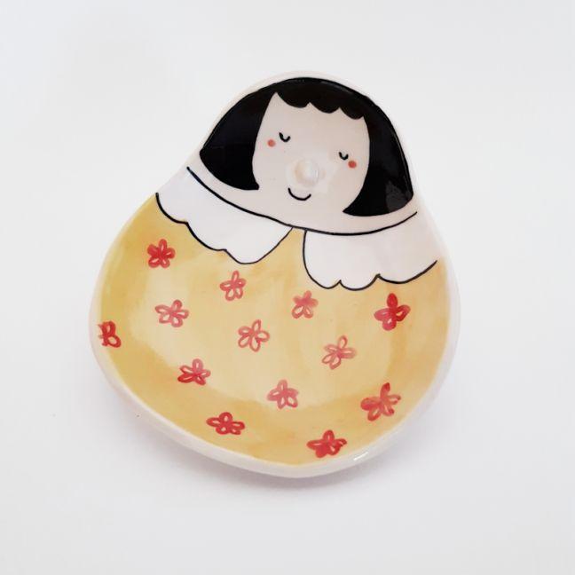 Face Dish | Yellow Dress