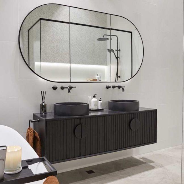 ISSY Halo I Vanity Unit with 4 Doors & Internal Shelf with Handle | Reece