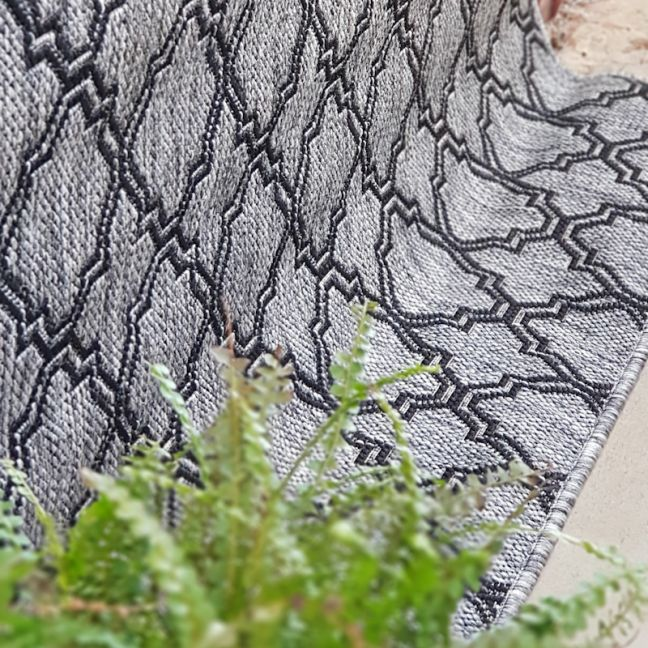 Lattice Seaspray Rug | Silver