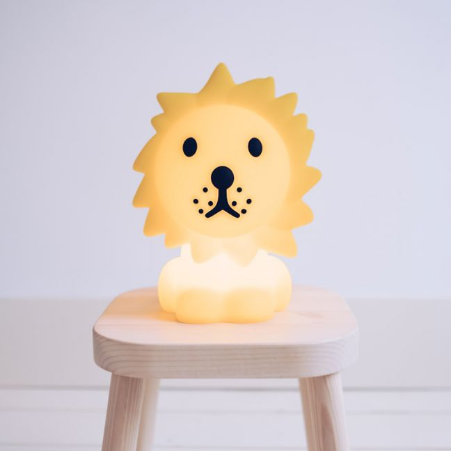 Mr Maria Lion First Lamp