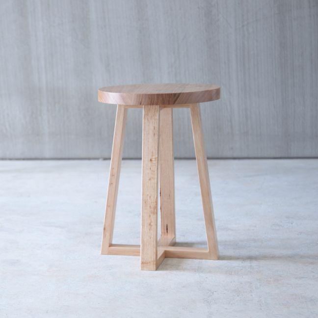 Round Side Table   Jemmervale Designs