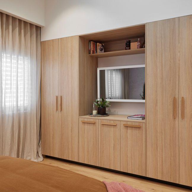 TV-Mirror Modern Matte White Frame | Tanya & Vito 2021