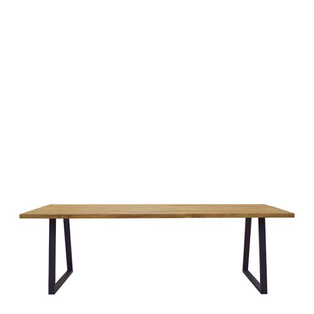 Vela Outdoor Dining Table by SATARA