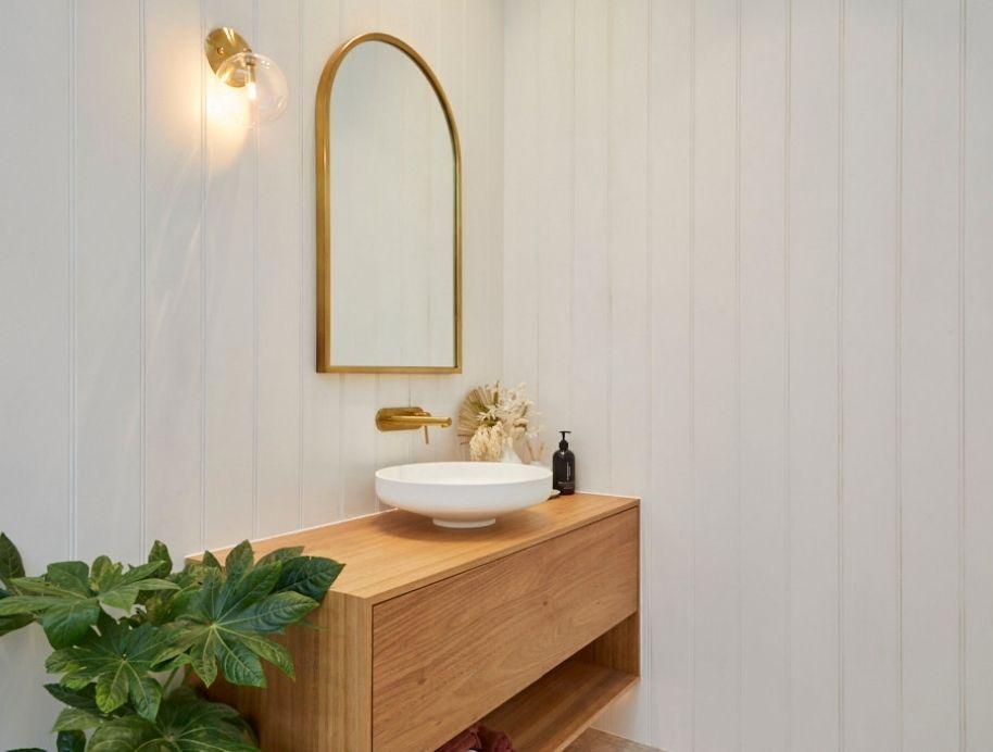 Vanity Luke and Jasmins bathroom